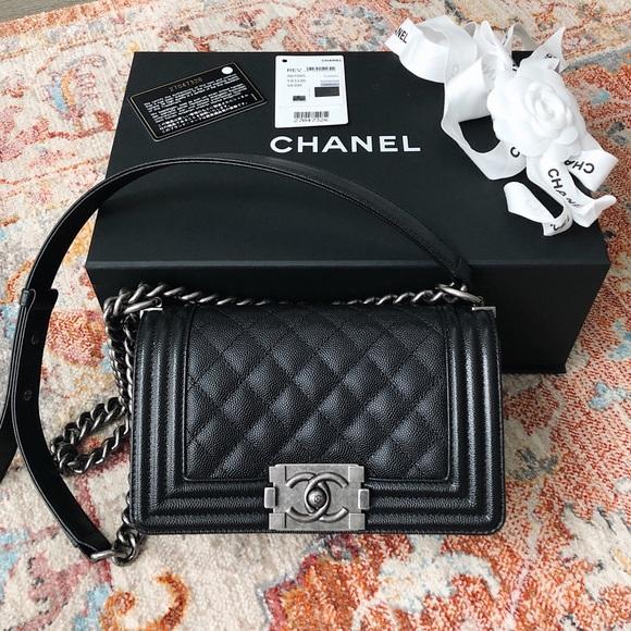 7d659d508912 CHANEL Handbags - 💯Chanel Small Boy (LIKE NEW) Bag Black Rhodium HW